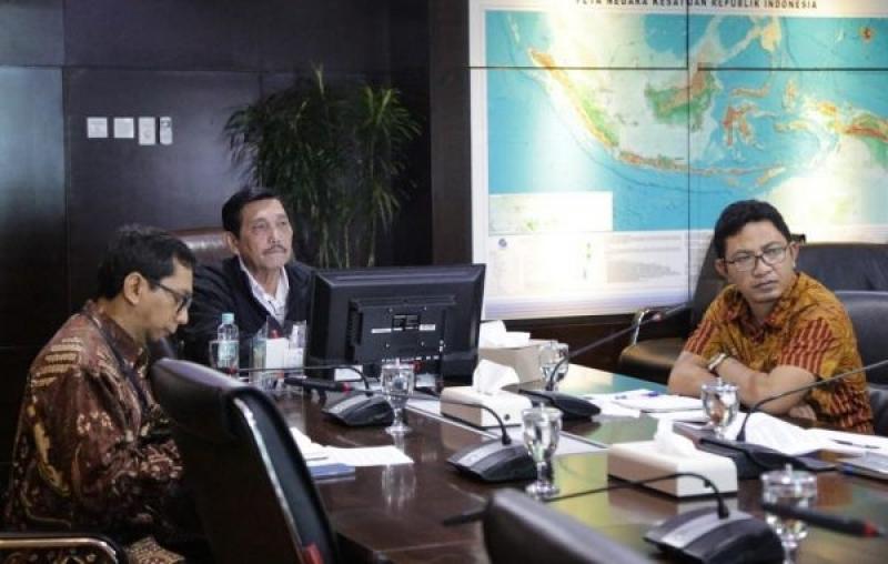 Bertemu Luhut Binsar Panjaitan (Menteri Koordinator Bidang Kemaritiman) Ini Masukan Serikat Petani kelapa Sawit