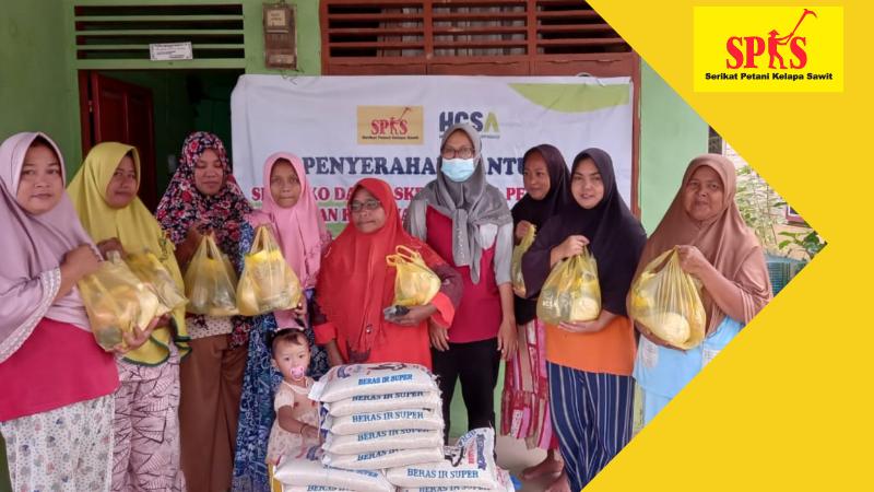 SPKS Salurkan Bansos Bagi 1.600 Petani Sawit Kecil