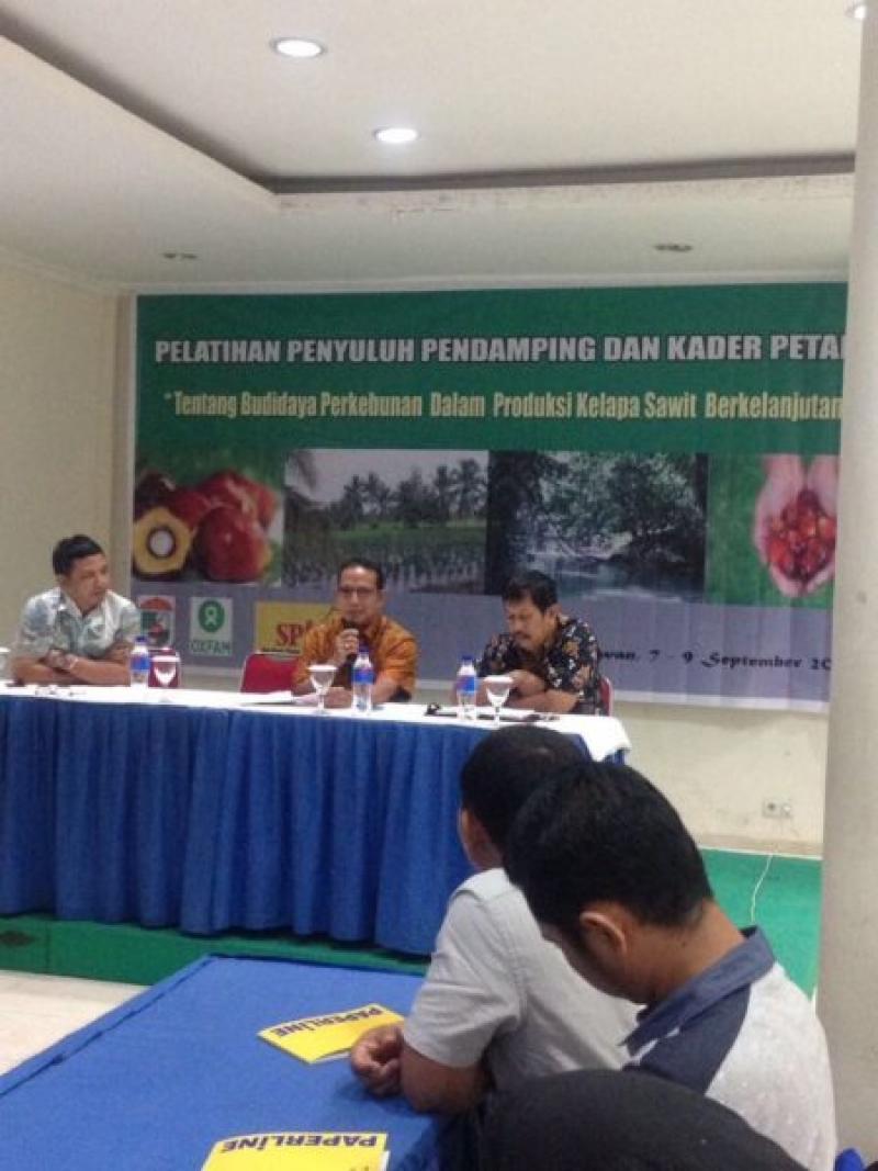 SPKS Memperkuat Penyuluh Perkebunan Kabupaten Pelalawan Riau