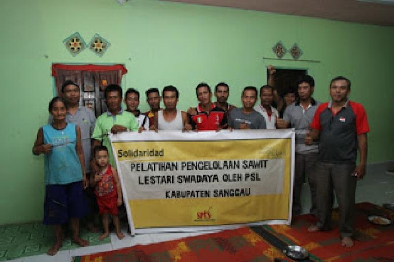 PSL Latih Petani Sawit Mandiri di Desa Embala