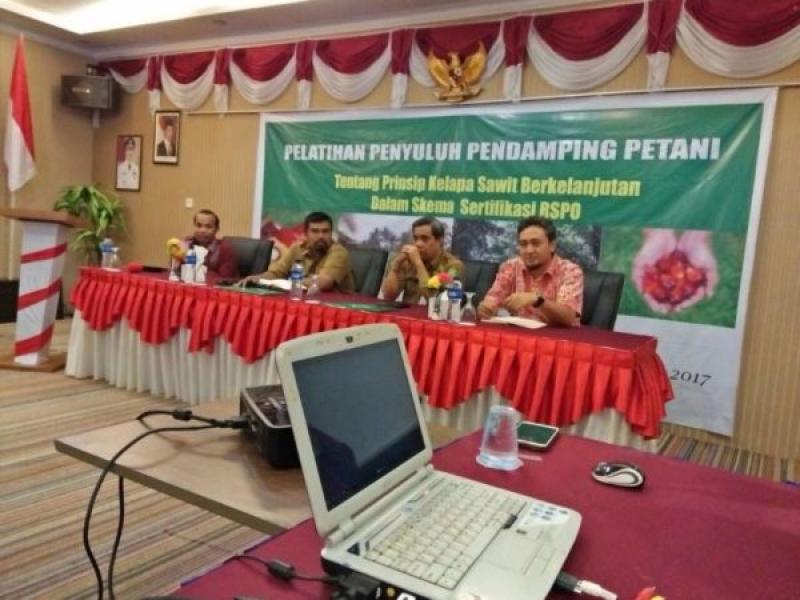 SPKS bekerjasama dengan WRI Indonesia menyelenggarakan Pelatihan Penyuluh Pendamping Petani di Kabupaten Siak