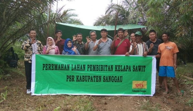 Disbunnak Menghadiri Acara Peremahan Lahan Untuk Pembibitan Kelapa Sawit Milik Koperasi GSL